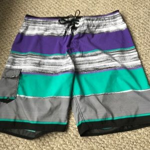 Body Glove men's board shorts size 38